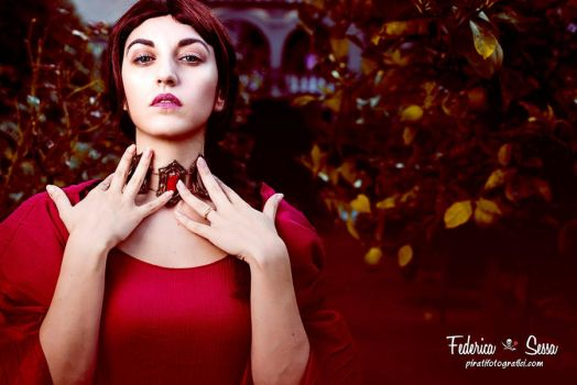 The Red sorceress by MaddMorgana