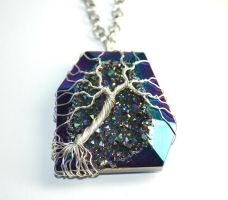 Druzy Agate Wire Wrapped Tree of Life Pendant by LoneWolfjewelry