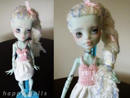 Monster high frankie repaint reroot relisted by hellohappycrafts