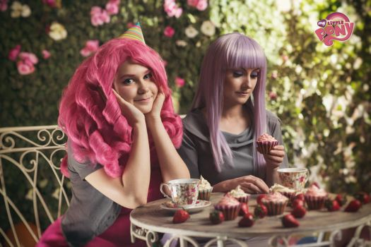 Tea Party by Aster-Hime