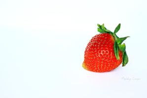 SimplyStrawberry by Tehyoungphotographer
