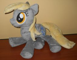 one adorable DERPY HOOVES by calusariAC
