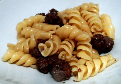 Fusilli with sausage and balsamic vine by kivrin82