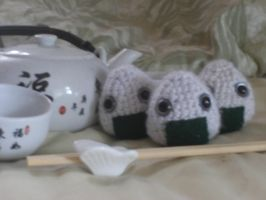 Amigurumi : Onigiri anyone? 2 by Kawaii-desu-yo