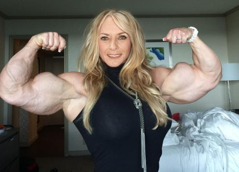 Granny Muscle Nude 62